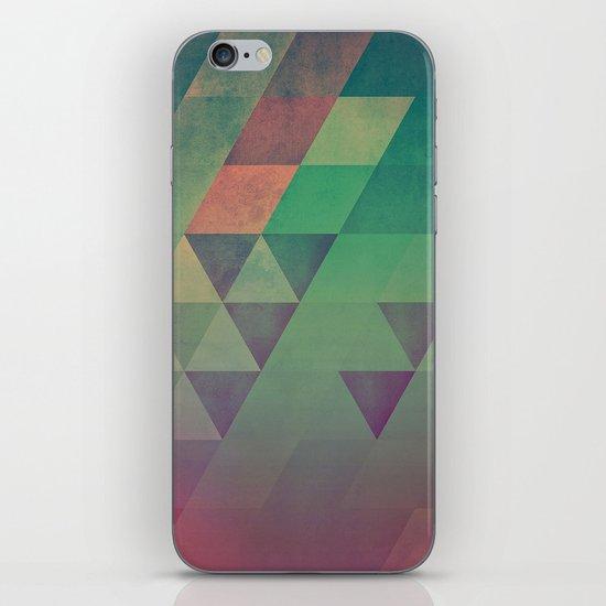Yndyffyrynz iPhone & iPod Skin