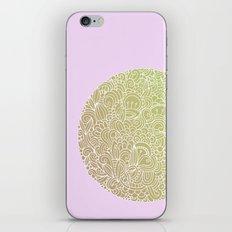 Detailed circle, gold rose iPhone & iPod Skin