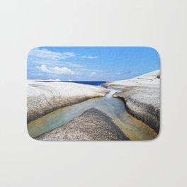 Confluence on pumice beach Bath Mat