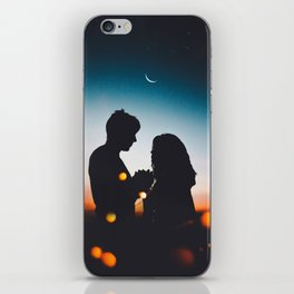 Night love iPhone Skin
