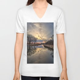 Easter River 3 Unisex V-Neck