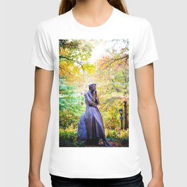 Eleanor Roosevelt Statue in Riverside Park T-shirt