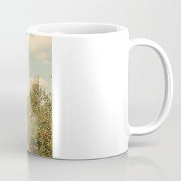 Allée de Pommes Coffee Mug