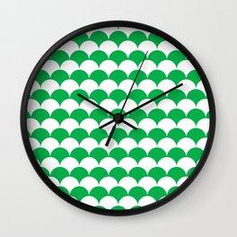 Green Clamshell Pattern Wall Clock