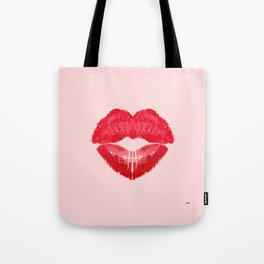 Kiss heart. (background light pink) Tote Bag