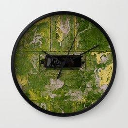 UNANSWERED Wall Clock