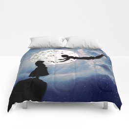 fly me to the moon 2 Comforters