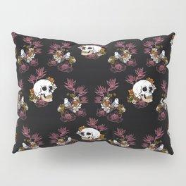 Gloomy skull, mystical bird and dark flowers pattern Pillow Sham