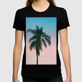 Pastel Sky Palm Tree - Los Angeles, California T-shirt