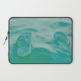 Thongs in the sand photo Laptop Sleeve