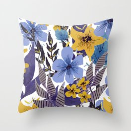 flowers / 17c Throw Pillow