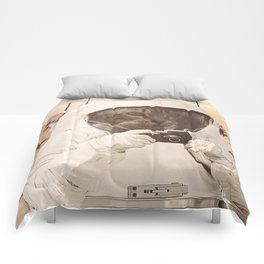 Astronaut Cat on Mars Comforters