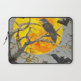 BLACK BATS, CROW, UNDER FULL HALLOWEEN MOON Laptop Sleeve