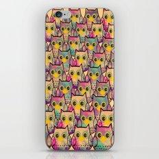 owl-39 iPhone & iPod Skin