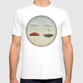 the umbrella filleth T-shirt