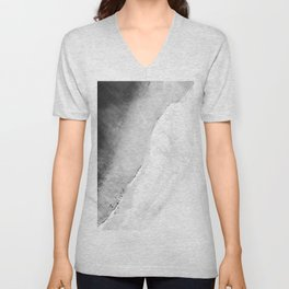 Waves in beach Unisex V-Neck