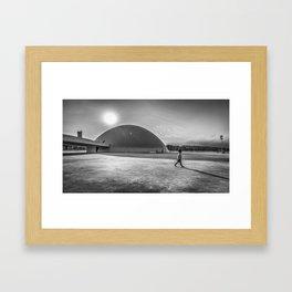 Casca el Sol Framed Art Print