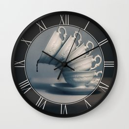 Attention ! Wall Clock