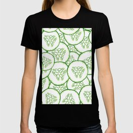 Cucumber slices pattern design T-shirt
