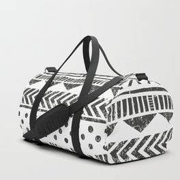 Mayan Pattern - Seamless tribal texture. Primitive geometric background in grunge style illustration Duffle Bag