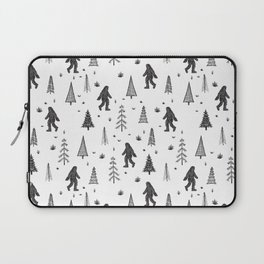 trees + yeti pattern Laptop Sleeve