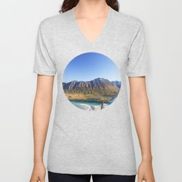 Hiking with a view Unisex V-Neck