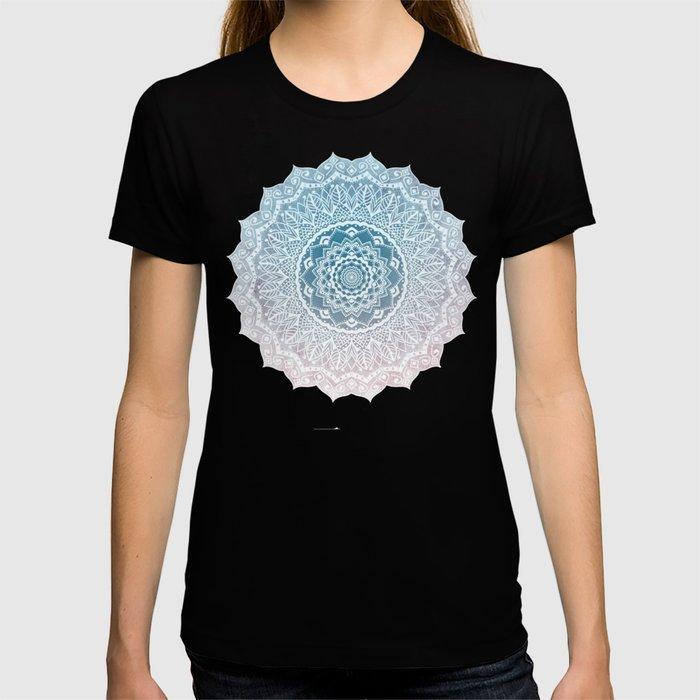 VINTAGE SPRING LACE MANDALA T-shirt