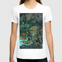 Gold Indigo Malachite Marble T-shirt