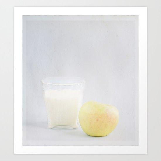 Manzana y vaso de leche. Art Print