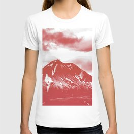 seeing red -mountain T-shirt