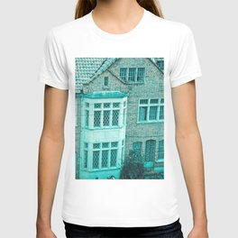 COLONIAL HOUSE IN BOGOTA COLOMBIA T-shirt
