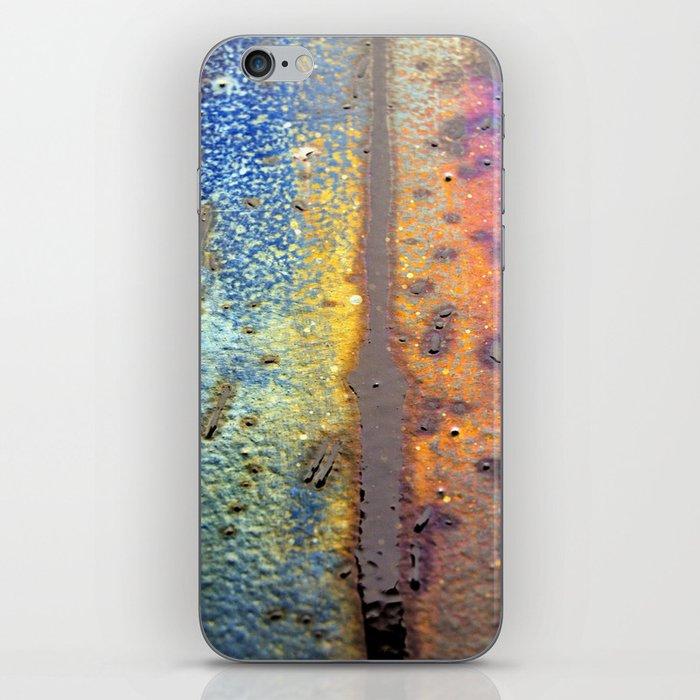(t)Rainbow iPhone Skin