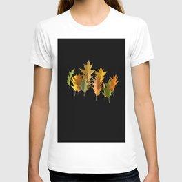 Variety coloured autumn oak leaves T-shirt