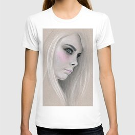 Cara Fashion Illustration Portrait T-shirt