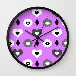 Daisy heart print violet Wall Clock