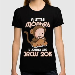 Cute Pregnancy Announcement 2019 A Little Monkey Is Joining Expecting Mom Dad Gift T-shirt
