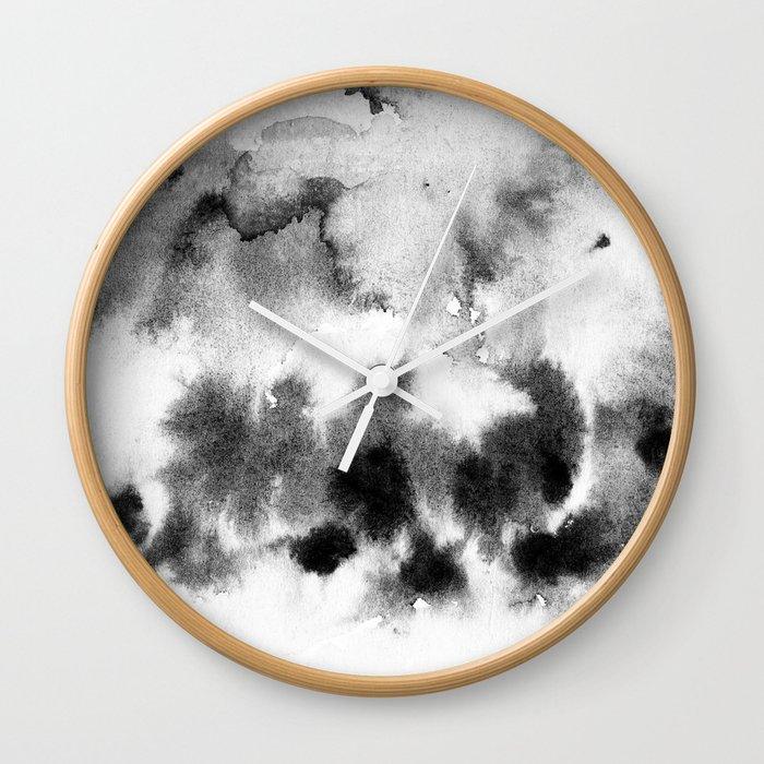 MINIMAL BLACK AND WHITE SPLATTER PATTERN Wall Clock