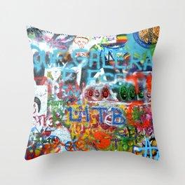 grafitti wall Throw Pillow