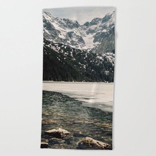 Morskie Oko In Snow Beach Towel
