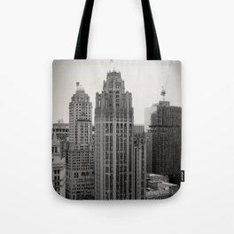 Chicago Tribune Tower Building Black and White Photo Tote Bag