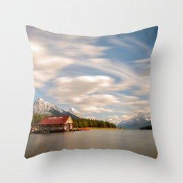MALIGNE LAKE AUTUMN JASPER CANADA LANDSCAPE PHOTOGRAPHY Throw Pillow