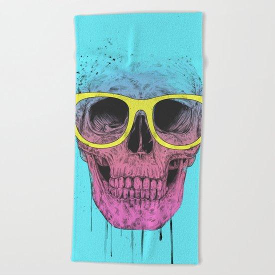 Pop art skull with glasses Beach Towel