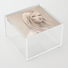 Brigitte Acrylic Box