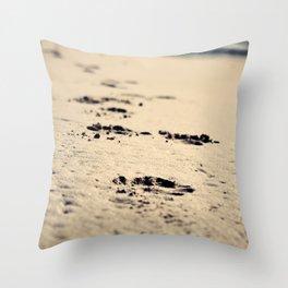 Memory sands Throw Pillow