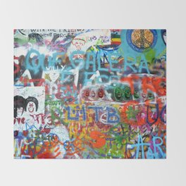 grafitti wall Throw Blanket