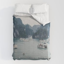 The Boats and Limestone Cliffs of Halong Bay, Vietnam Comforters