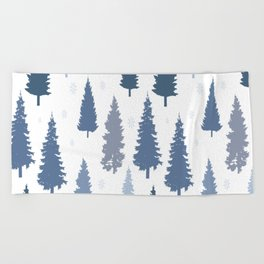 Pines and snowflakes pattern Beach Towel