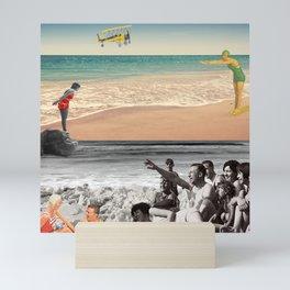 Sur la plage en couleur Mini Art Print