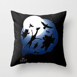 Dreams of a sleeping zoo Throw Pillow