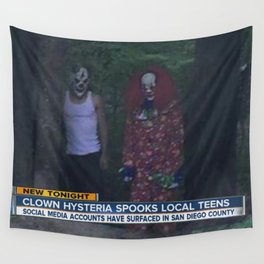 CLOWN HYSTERIA SPOOKS LOCAL TEENS Wall Tapestry